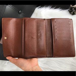 ba4a2ef6d05b Louis Vuitton Bags - 100 %Auth Louis Vuitton Trifold Wallet medium size